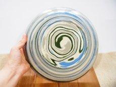 画像4: 練上マーブル 8.5寸皿【甲和焼 芝窯】 (4)