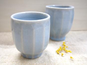 画像1: 青磁鎬湯呑茶碗 【甲和焼 芝窯】 (1)
