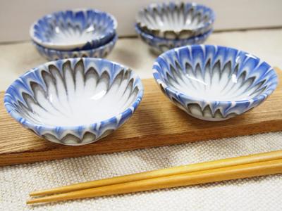 画像1: 錬込鶉文小皿  【甲和焼 芝窯】 (1)