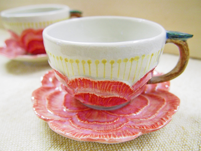 画像1: カップ&ソーサー つばき 【甲和焼 芝窯】 (1)