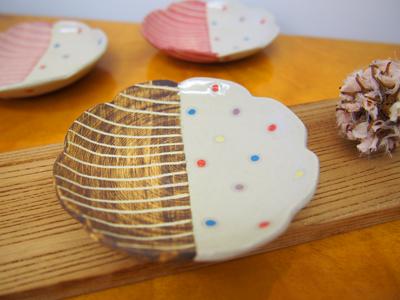 画像1: ハーフ&マルチドット 豆皿(こげ茶) 【nicorico】 (1)