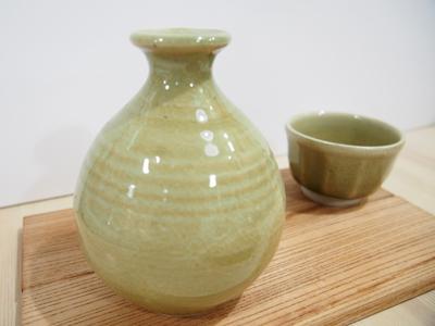画像1: 灰釉 徳利 【甲和焼 芝窯】 (1)