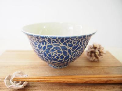 画像1: 紋花彩泥掻落 ごはん茶碗 (青) 【nicorico】 (1)