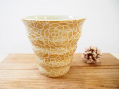 画像1: 紋花彩泥掻落 naminami cup(からし) 【nicorico】 (1)