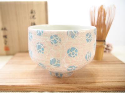 画像1: 紋花彩泥掻落ドット 抹茶茶碗 (ピンク×水色) 【nicorico】 (1)