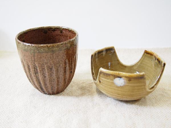 画像1: 【おうち時間セット-39】甲和土カップ&灰釉割山椒 【甲和焼芝窯】 (1)