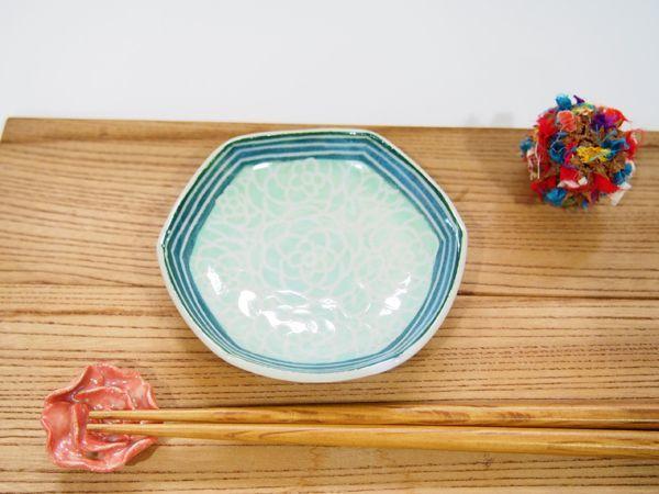 画像1: 紋花彩泥掻落縁取り 六角豆鉢(若草×緑) 【nicorico】 (1)